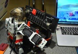 PIBOT – robot, który pilotuje samoloty