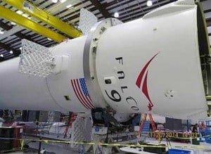 Rakieta Falcon 9 wyląduje na autonomicznym lotniskowcu