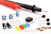 Kurs elektroniki – #1 – napięcie, prąd, opór i zasilanie