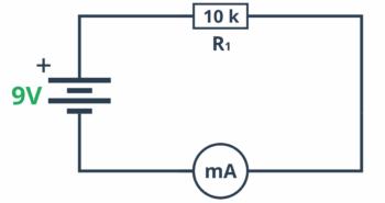 Pomiar prądu w układzie demonstrującym prawo Ohma