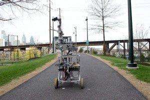 Robot w terenie.