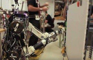 Robot o ludzkich odruchach
