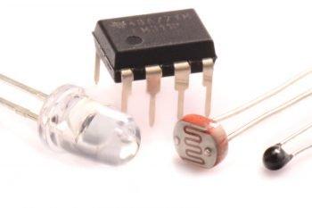 Czujniki analogowe w kursie elektroniki (poziom II)