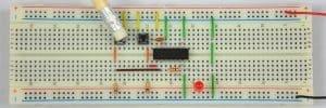 Pierwszy przycisk wciśnięty – dioda wyłączona.