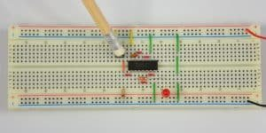 Bramka NOT w praktyce – dioda wyłączona.