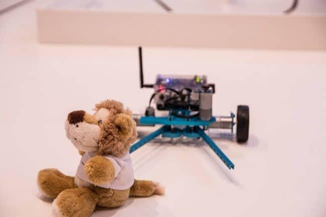 Przykład robota startującego w konkurencji Bear Rescue.
