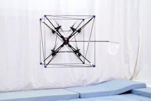 Omnicopter porusza się swobodnie w każdym kierunku