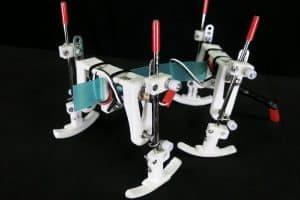 Robot bez czujników potrafi zmienić sposób chodzenia