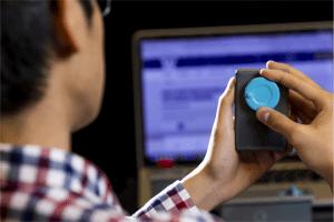 Jak działa kontroler WiFi z plastiku (bez baterii i elektroniki)?