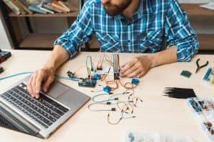 10 powodów do nauki elektroniki w praktyce
