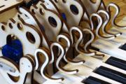 KeyBot: robot z Arduino, który zachwyca grą na klawiszach?