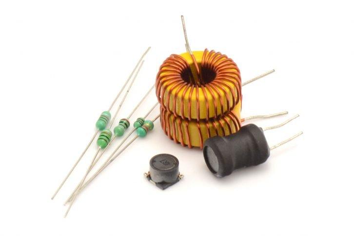 Pomarańczowe elementy przystosowane do współpracy z wyższym prądem