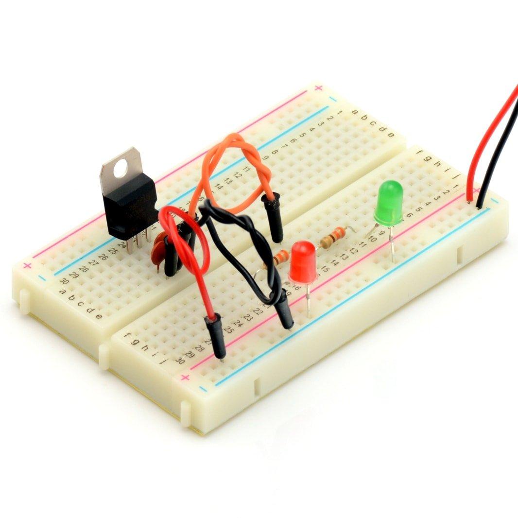 kurs_elektroniki_stabilizatory_7805_mont