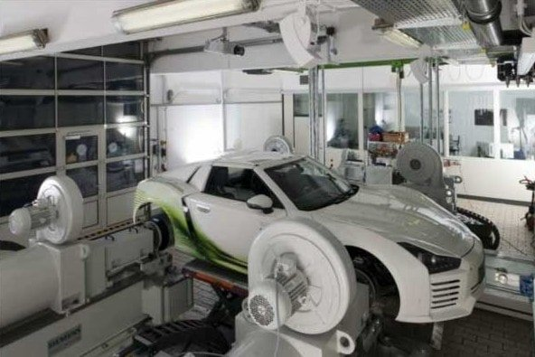 Laboratorium TUM prowadzi zaawansowane badania nad pojazdami elektrycznymi