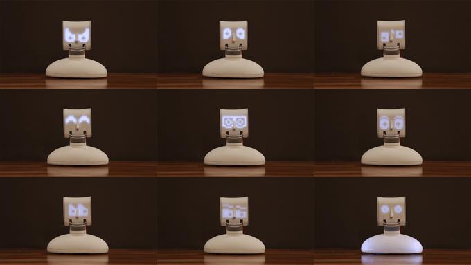 Robot posiada dość rozbudowaną mimikę