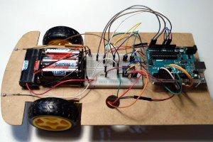 Pierwszy robot mobilny - światłolub