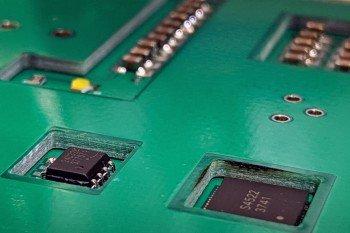 Dlaczego warto i jak chować komponenty w PCB?
