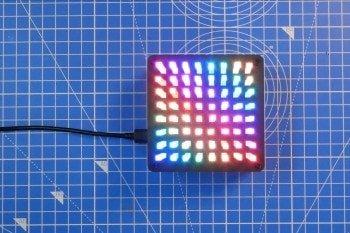 Efektowna matryca kryształów DIY z diodami RGB
