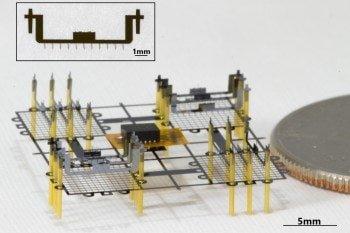 Latający robot, który nie ma żadnych ruchomych elementów