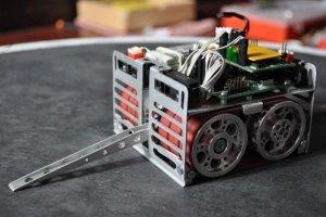 Robot minisumo IVAN