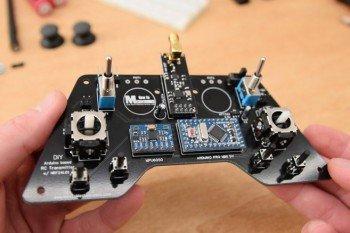 Prosta aparatura RC z Arduino (zasięg do 700 metrów)