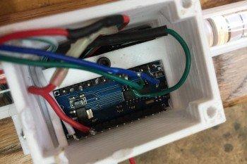 Arduino schowane w obudowie
