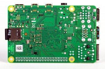 Raspberry Pi 4 - widok od dołu