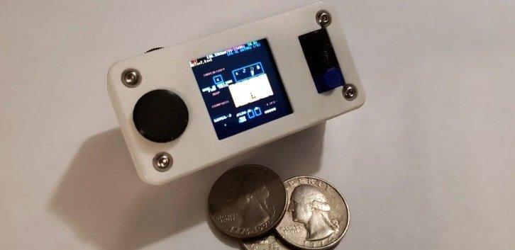 Niewielka konsola, która działa na RPi Zero