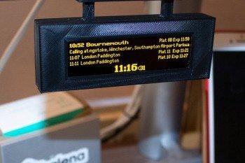 Miniaturowy rozkład jazdy pociągów na Raspberry Pi