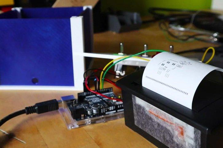 Arduino Uno oraz drukarka termiczna użyta w projekcie