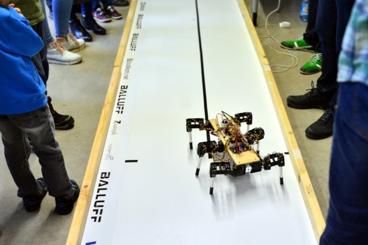 Robot startujący w kategorii RoboSprint