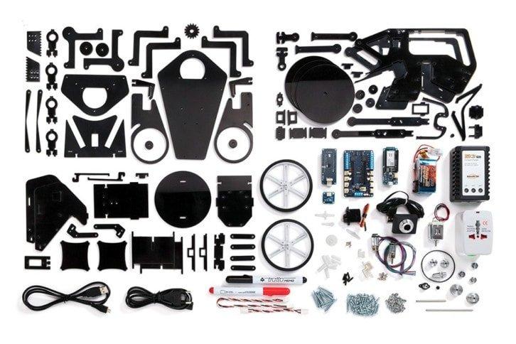 Zawartość zestawu Arduino Engineering Kit