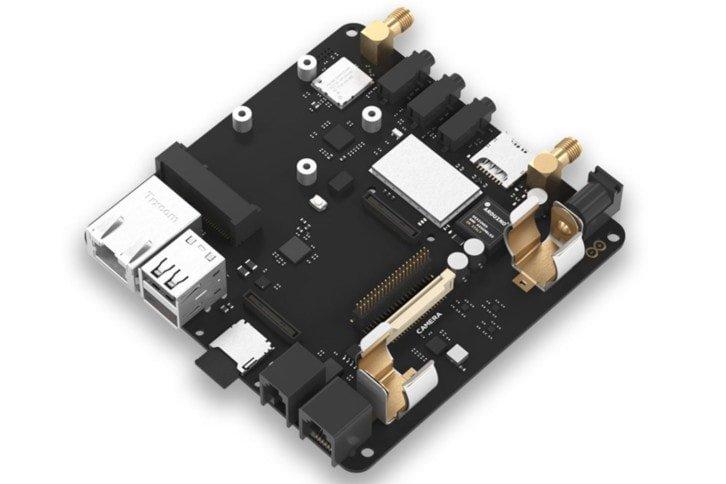 Portenta Carrier - płytka rozszerzająca możliwości nowego Arduino