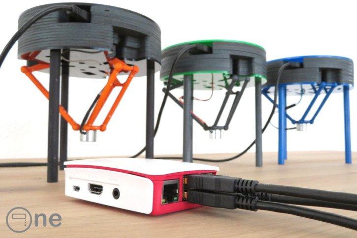 Roboty podłączone do Raspberry Pi za pomocą USB
