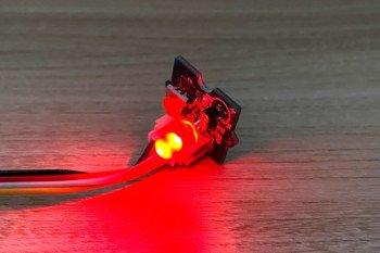 Mocno świecąca dioda