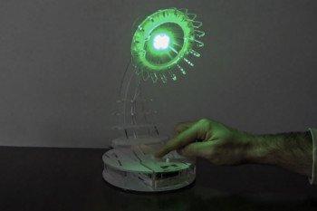 Lampa w trybie emitowania koloru zielonego