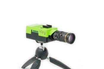 Opcjonalnym wyposażeniem kamery jest statyw