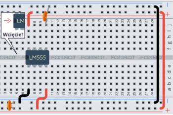 Krok 1: podstawowe połączenia i kondensatory