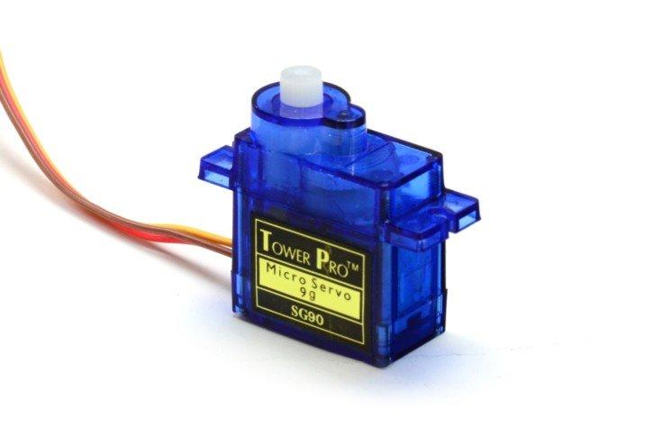 Przykładowy serwomechanizm modelarski, który sterowany jest przez PWM