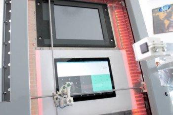DMI Robot – druga wersja robota, który testuje ekrany