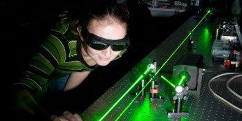 Jak działa laser? Czym jest dioda laserowa?