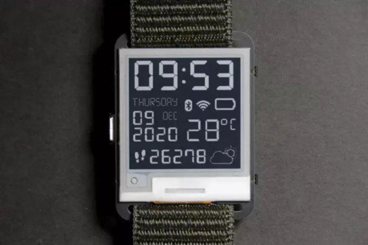 Zegarek z paskiem