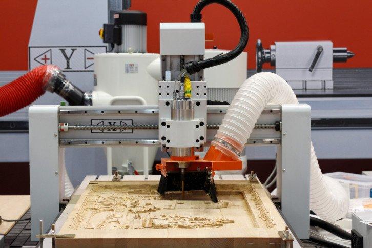 Przykładowa frezarka CNC do frezowania drewna