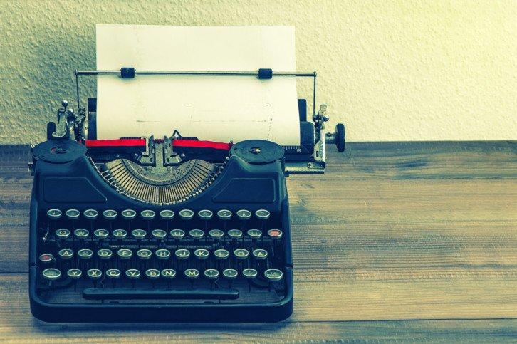 Maszyna do pisania, z której zaczerpnięto pewne określenia