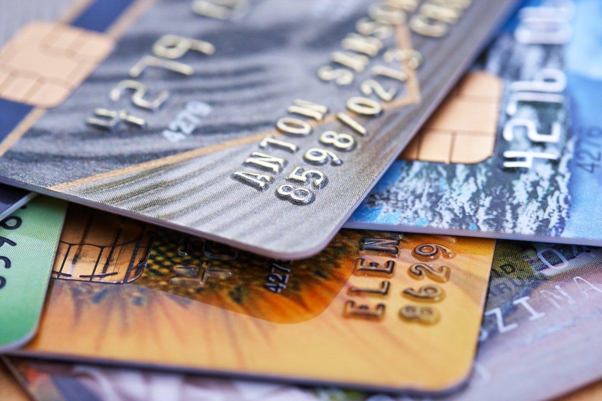 Błędna deklaracja zmiennej może doprowadzić np. do wycieku numeru karty kredytowej użytkownika